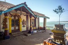 Rama temple (kuuan) Tags: voigtländer heliar f4515mm manualfocus mf voigtländer15mmasphericalf4515mm nex5n india gokarna karnataka beach ramatemple view tulsi