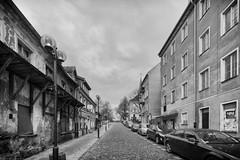 Olsztyn Street (peterpj) Tags: olsztynkopernik bw straat ulica street nikon tokina polska poland polen silverefexpro2