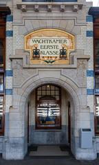 First Class Waiting Room (Jez B) Tags: holland netherlands amsterdam wachtkamer eerste klasse first class waiting room haarlem station railway ornate art deco