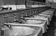 Philadelphia (Jason Lapeyre) Tags: philly philadelphia blackandwhite decay sinks bathroom bw