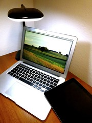Macbook Air 2013 News May Lumiy LEDs LED Lamp1060707 (stanfordgreentrees) Tags: pro macbook macbookpro macbookair macbookproretina 15inchmacbookproretina