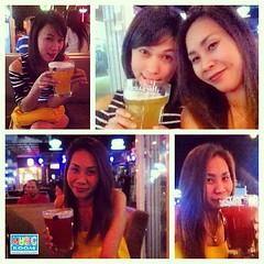 """จากเฟสบุ๊คคุณ """"ยัยจอมดื้อ เอเอ"""" และเพื่อน มาดื่มเบียร์ฮูการ์เดนที่มิวสิครูม นำภาพมาให้ชมกันครับ : )"""
