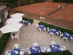 "Campi tennis  dall'alto • <a style=""font-size:0.8em;"" href=""http://www.flickr.com/photos/97213499@N04/9296679782/"" target=""_blank"">View on Flickr</a>"