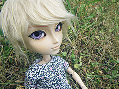 Candide~ (Kaly-The-Rainbow) Tags: world fur outfit eyes doll purple violet lila wig blonde custom custo sunnys candide coolcat kain eyechips taeyang customis customise eyeships