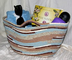 """Large Tote #0136 • <a style=""""font-size:0.8em;"""" href=""""http://www.flickr.com/photos/54958436@N05/9398815971/"""" target=""""_blank"""">View on Flickr</a>"""