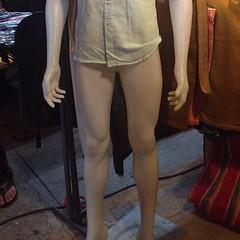 น่าไม่อาย กางเกงไม่ใส่ กกน. ก็ไม่ใส่ กลางตลาดเลยนะเนี่ย!!! #stripped #naked #christcruz #market