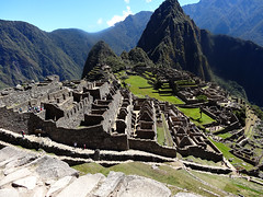 Peru - Machu Picchu - city wall and temple area