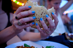Burger Queen (M.Pat) Tags: burger frites nails manger ongles