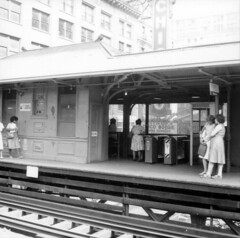 State/Lake in 1978 (Chicago Transit Authority) Tags: blackandwhite chicago history station downtown cta publictransit loop tracks railway transit elevated rapidtransit