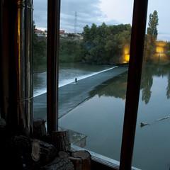 le droit  la paresse (Tinta China2007) Tags: ro atardecer agua molino pescador chimenea tonizenet soarcontigo ltimasluces yuncocodriloenlacorriente