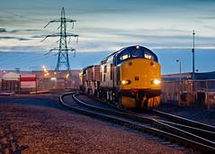 Glow in the dark (Robert France) Tags: station power 37 1620 drs flasks heysham 37606 37601 6c52 11122013