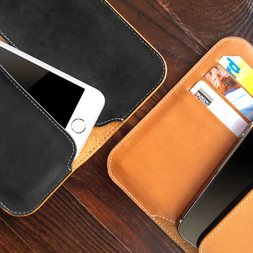 leather wallet case premium iphone incase iphone4 iphone5 vision:mountain=0532 vision:plant=051 vision:sky=0713