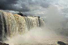 Argentina - Iguaz 07 (diego ilsole.org) Tags: argentina cascate iguaz {vision}:{mountain}=0609 {vision}:{outdoor}=0935 {vision}:{sky}=0919