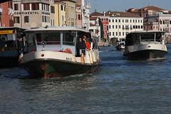 Venise (Maillekeule) Tags: boat ship venise venezia vaporetto vaporetti