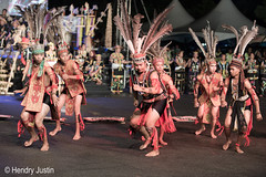 _NRY5650 (kalumbiyanarts colors) Tags: sabah cultural dayak murut murutdance kalimaran2104 murutcostume sabahnative