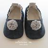 n73 (Catarina M) Tags: baby shoes m bebé catarina pompom sapatinhos alpercatas
