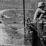 Vietnam War 1972 - Photo by A. Abbas - Near Kontum thumbnail