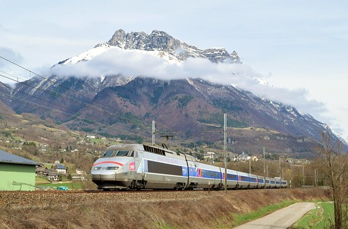 TGV sous la dent d'Arclusaz