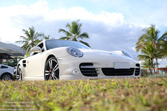 Porsche 911 Turbo Coupe (Raphael Martins Valena) Tags: brazil white cars branco brasil lago slick nikon df wheels 911 cream turbo porsche carros gt federal coupe brasilia sul exotics mkii 997 enb distrito exoticos pontao 2013 exclusivos d3100