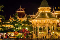 Disneyland Paris Gazebo (jeffwarta) Tags: travel summer paris night europe disneyland disney gazebo themepark disneylandparis