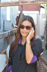 a woman of mystery (the foreign photographer - ) Tags: woman sunglasses mystery portraits thailand pretty bangkok cellphone khlong bangkhen thanon
