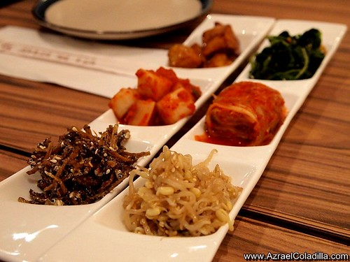 Woo Galbi Korean House restaurant in East Wing Shangri La mall  - photos Azrael Coladilla