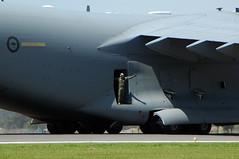 A41-206 Boeing C-17A Globemaster III RAAF (Robert Frola Aviation Photographer) Tags: nikond70 2008 raaf a41 yamb boeingc17 boeingmilitary militarycargoaircraft raafserialsnumbersseries3 defenceforceairshow2008