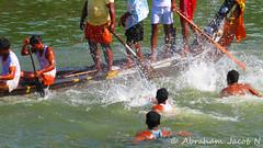 Spectators enthusiasm (Abraham Jacob N) Tags: india kerala watersports onam kottayam boatrace canonpowershotsx130 kottayamboatrace2011 thazhathangadyboatrace