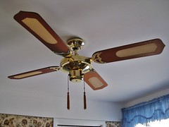 4 Saisons Galaxy 120 cm Ceiling Fan (JeanLemieux91) Tags: wood old canada cane vintage de pull four cuatro fan chains madera quiet silent montral 4 ceiling retro qubec da 1984 older 1980s brass viejo powerful blades poli polished spinner bois techo vieux ventilador plafond tassels teto teak palas ventilateur quatre soffitto laiton ventilatore rotin pulido silencioso silencieux pales puissant lton