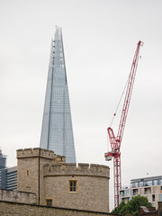 Old and new (James E. Petts) Tags: shard toweroflondon
