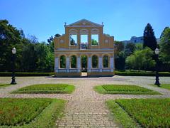 Bosque Alemo - reproduo da fachada da Casa Mila - Curitiba - Paran (Eduardo PA) Tags: paran nokia curitiba 808 pureview