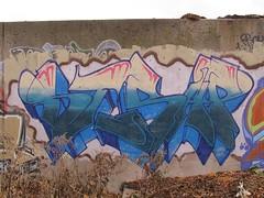 Strap VRS (m_ts42) Tags: streetart art minnesota wall graffiti pieces minneapolis msp explore mpls tc strap spraypaint walls twincities graff saintpaul jetski jetske wisconsingraffiti jetskigraffiti strapgraffiti strapgraff jetskegraffiti jetskegraff