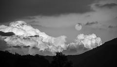moon and clouds (el_mo) Tags: life sand place good valle barche valley alta mura sabbia bassa casto pertica idro anfo vestone provaglio vallesabbia sabbiochiese odolo vobardno