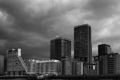 Canary Wharf (Look at the view) Tags: bw london clouds apartments flats canarywharf regeneration