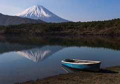 Mt. Fuji Reflecting in Lake Saiko (NatashaP) Tags: morning mountain lake reflection japan boat fuji mtfuji nikkor2470 nikond800