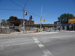 13006905 (drum118) Tags: urbantoronto westdonlands transitttc cherrystlrtrow