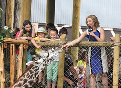 GIMG_8309-1  FOX 19 doing a live broadcast. (Wildlife Paparazzi) Tags: news zoo cincinnati fox19