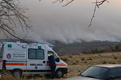 Incendio (tomipeder) Tags: sunset argentina fire smog alpina pines villa cordoba pinos domingo humo incendio ambulancia d3100
