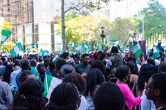 (James Idowu) Tags: nigerians nigerianparade jamesidowu nigerianindependenceparade2013 nigerianflags