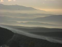 Neblina (Guervs) Tags: espaa mountains clouds sunrise landscape andaluca spain guadalquivir valle paisaje hills amanecer andalusia cerros alto jan montaas beda nubesbajas
