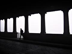 Ponte Coperto (*Donatello*) Tags: bridge bw italy man fog river ticino italia fiume bn lonely nebbia pontevecchio pavia pontecoperto