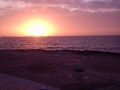 Puesta de sol en Sant Antoni (Eivissa) (bcnbelu84) Tags: costa sol sanantonio mar ibiza puestadesol eivissa ocaso mediterráneo anochecer crepúsculo santantoni marmediterráneo crepúsculovespertino