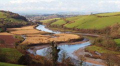 River Dart, Sharpham to Totnes (Hammerhead27) Tags: greatbritain winter sky tree reeds landscape estate bend hill devon curve silt riverdart totnes sharpham