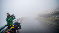 NIKON DF & NIKKOR AF 20-35mm f/2.8 D (Eternal-Ray) Tags: nikon df nikkor af 2035mm f28 d 鑽廣 bicycle 腳踏車 騎行者 single 武嶺 合歡山 雪 snow