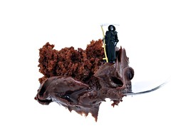 Devils Food Cake (cathy.scola) Tags: cake miniature chocolate ho littlepeople onwhite frosting chocolatecake tinypeople deathbychocolate devilsfoodcake hofigures