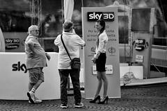 3D (Roberto Spagnoli) Tags: street people bw strada bn persone sky3d
