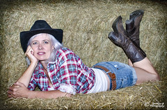 Louise OI'Brien_D7K8937 (sparkeyb) Tags: sexy female barn 35mm iso100 model nikon hay cowgirl cowboyhat equestrian strobe stables speedlite offcamera tengallonhat strobist d7000 sb700 sparkeyb