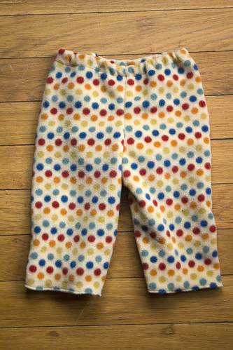 pants polkadots fleece babypants vision:outdoor=0663