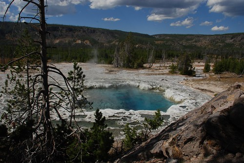 """YellowStone2009 (20) • <a style=""""font-size:0.8em;"""" href=""""http://www.flickr.com/photos/103823153@N07/13205138124/"""" target=""""_blank"""">View on Flickr</a>"""