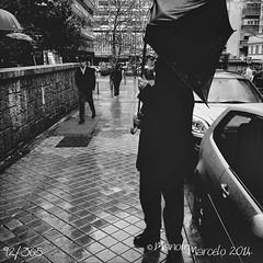 92/365. Pudo más el viento (Manolo Marcelo) Tags: blackandwhite black blancoynegro rain umbrella blackwhite lluvia bn paraguas iphone callejera iphone5